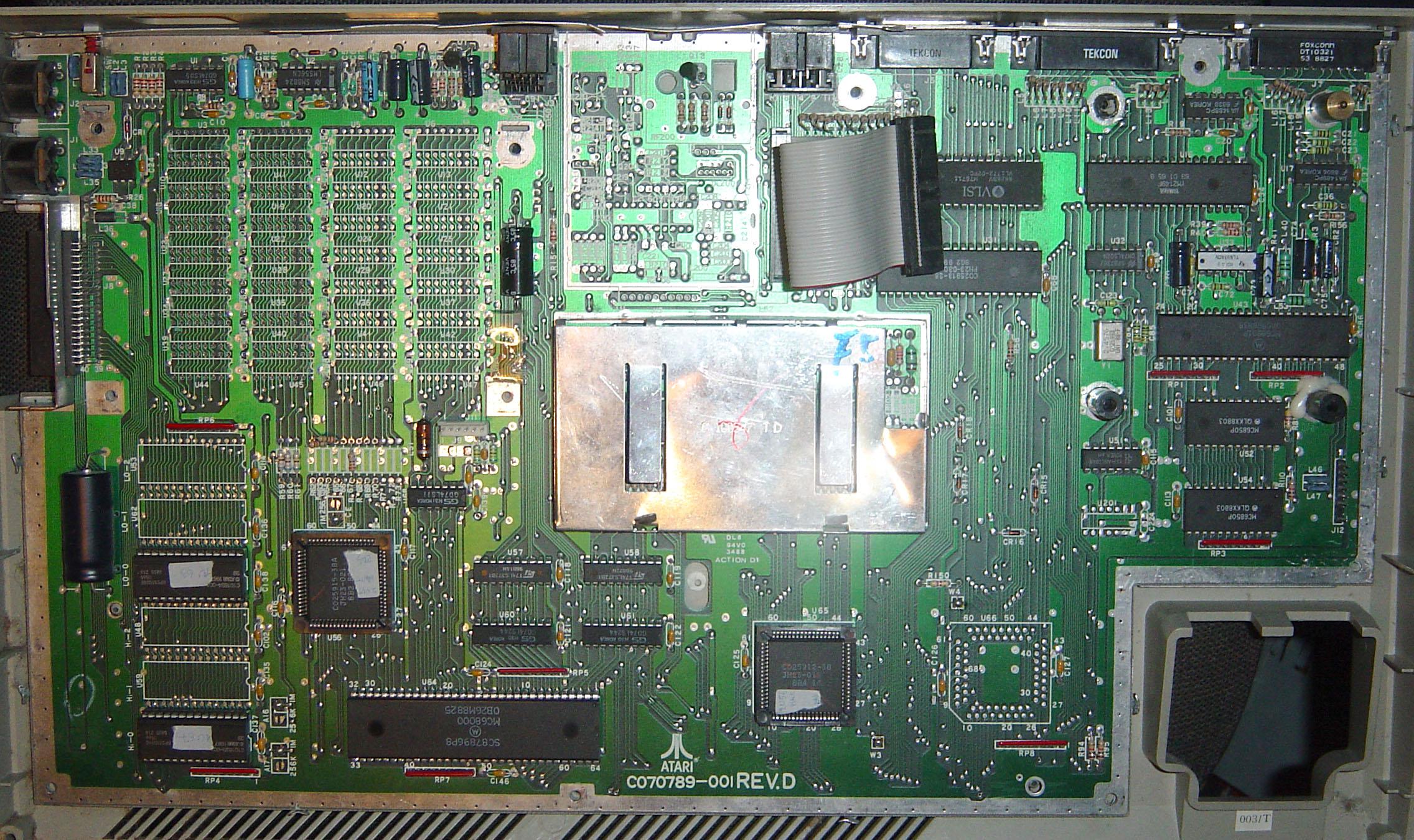 Atari%20STf%201.jpg